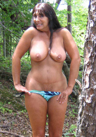 sexy and funny attractive milf in lancashire
