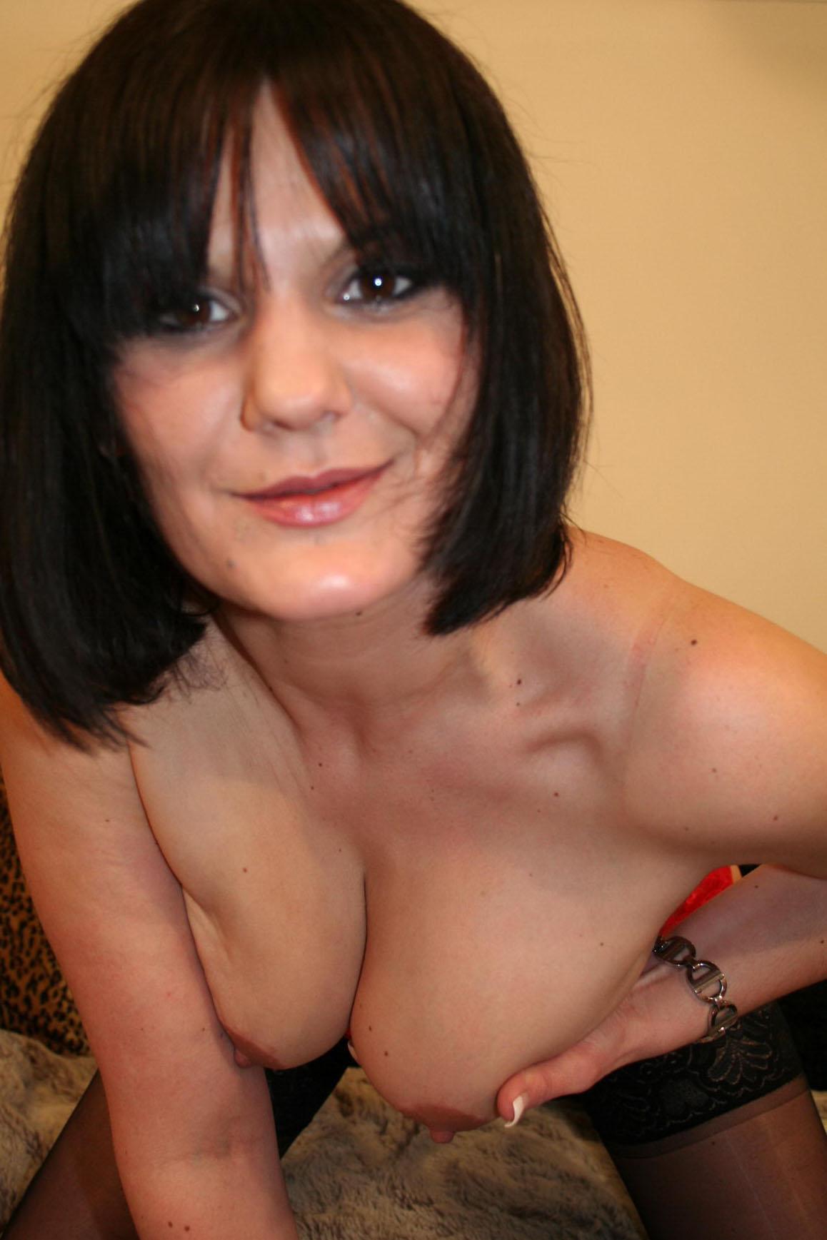 warwickshire_brunette_escort