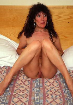 aby46-mature-divorced-women-sex-north-yorkshire