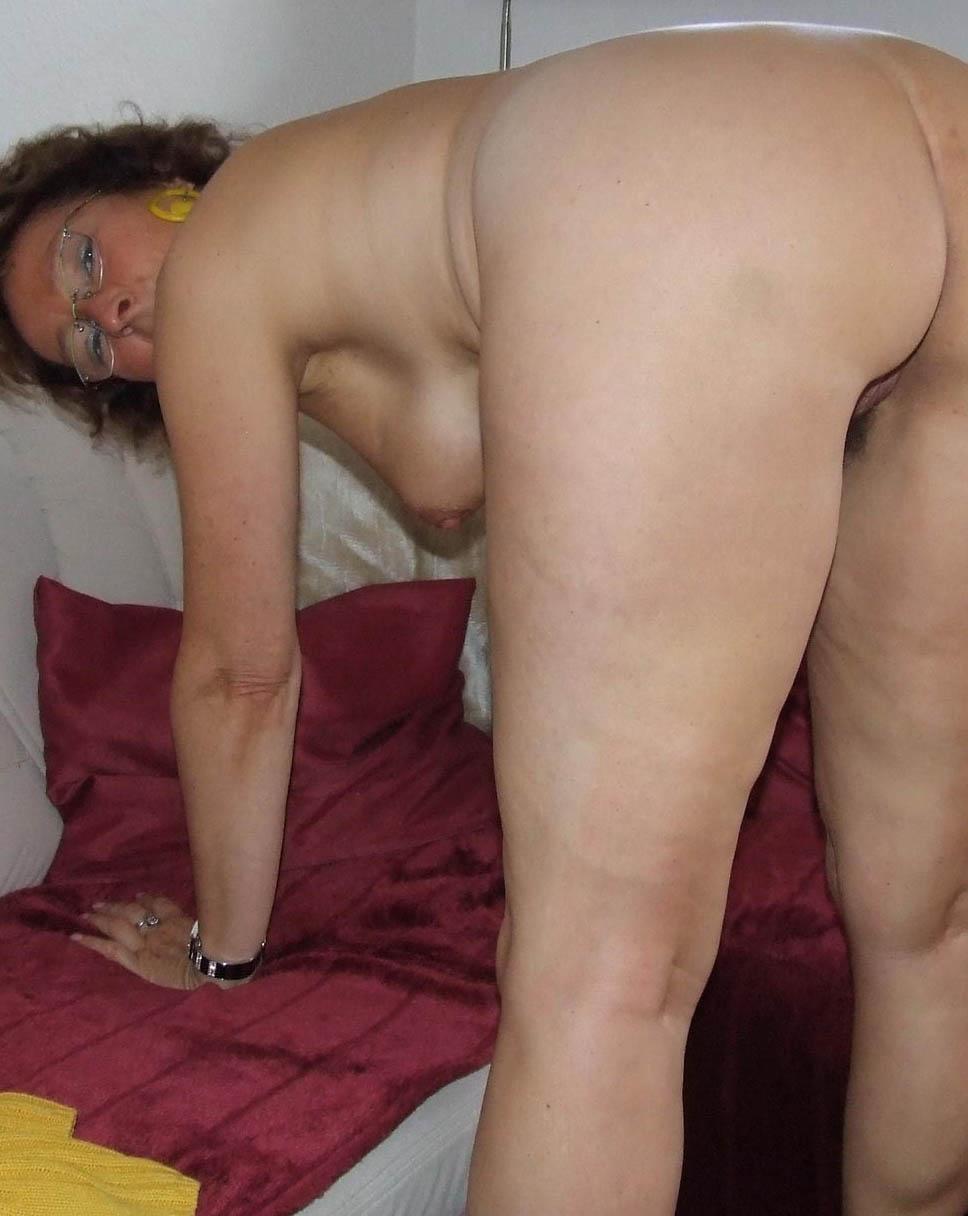 lana48-golden-showers-sex-contacts-east-midlands