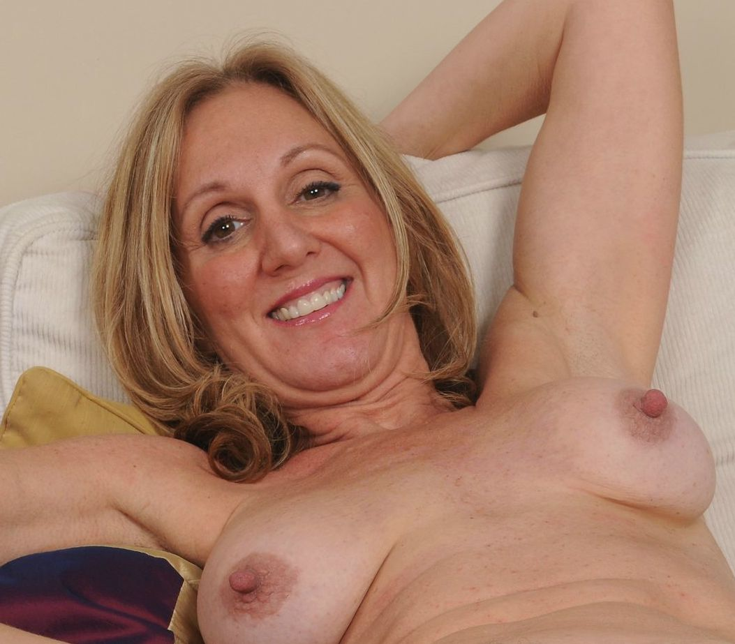 milfstar49-east-midlands-granny-milf-sex-contacts.html