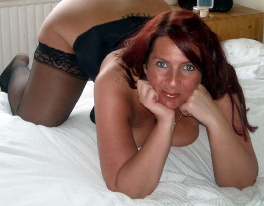 rearrim-sexy-chubby-mature-milf-looking-for-sex
