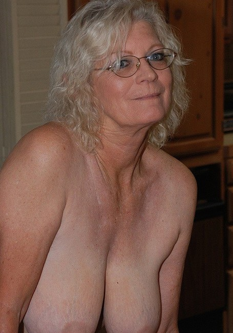 sugarmama72-cheshire-granny-sex-contacts
