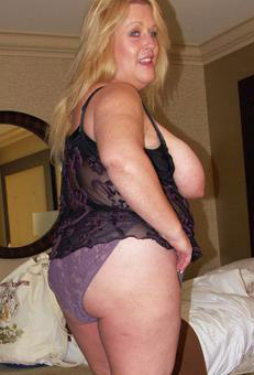 yonadeen-mature-older-woman-sex-north-yorkshire